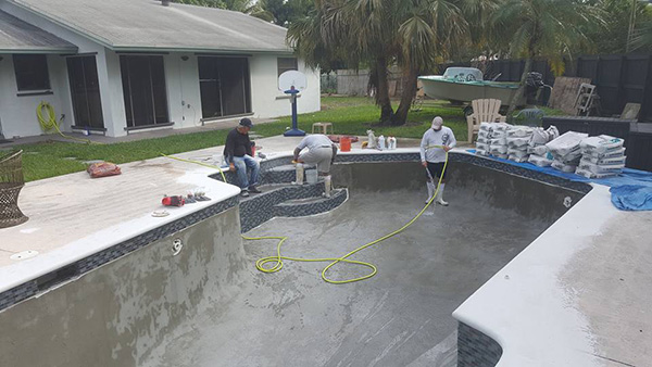 Pool re-plastering